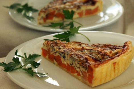 tarte originale de patates douces, amandes, fourme d'Ambert